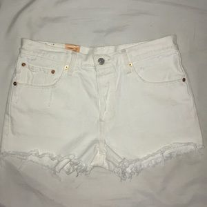 NWT Levi's White 501 Shorts